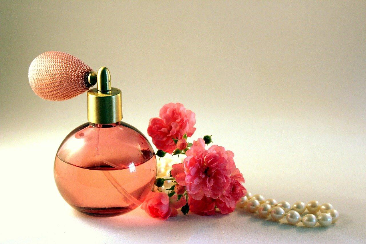 Оригинални парфюми за всеки повод и сезон – съвършената добавка към страхотната визия